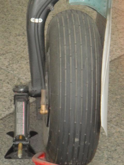 MITSUBISCHI A6M5 modèle 52 Dsc05380-4548d5c