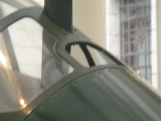MITSUBISCHI A6M5 modèle 52 Dsc05395-4548888